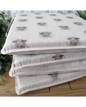 Small Sheep reversible square seat pads